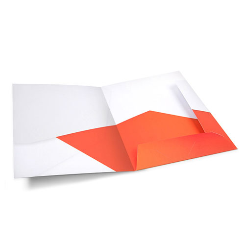 A presentation folder from Helloprint